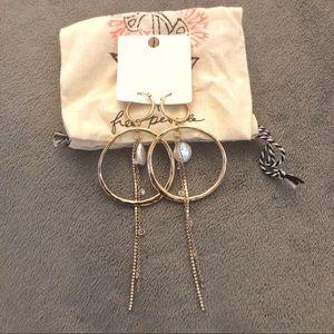 ✨Free People Golden hoop&pearl dangle earring
